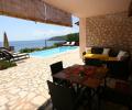 villa EVA poolside